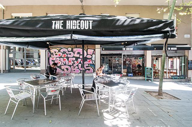 La terraza del vermut Hideout en Barcelona