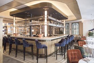 barra del restaurante Lux
