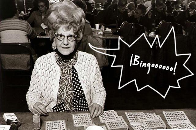 Martes de bingo para señoras en El Ideal Bar